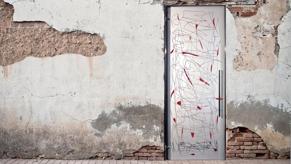 Fondo sabbiato, disegno trasparente-inciso e dipinto Rosso ciliegia
